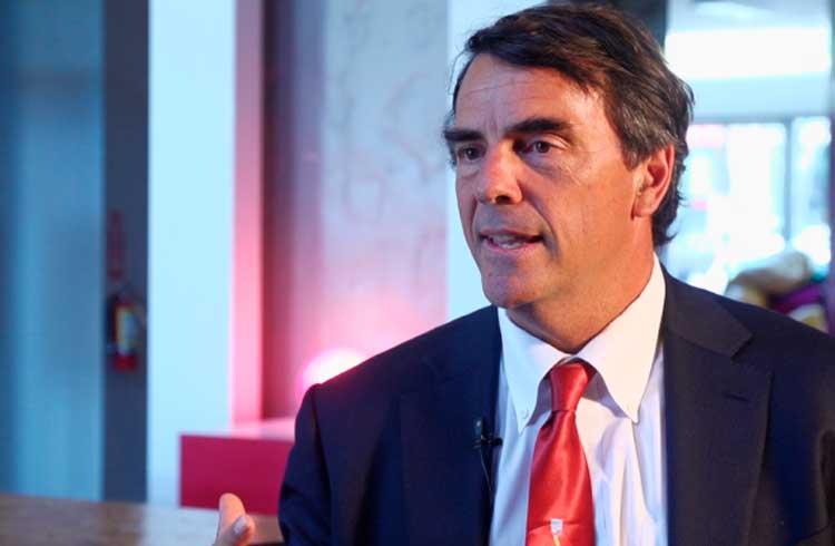 Bilionário defende blockchain e pede mais investimentos para startups do setor