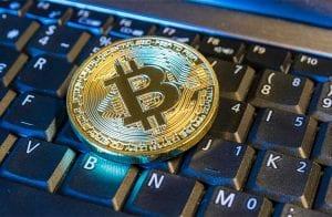 Bitcoin se aproxima dos R$ 50.000; Altcoins também valorizam