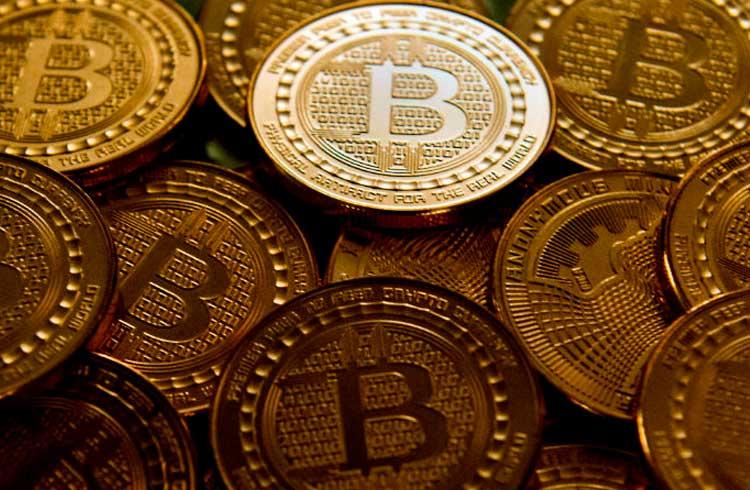 Dentista investigado por pirâmide de Bitcoin movimentou R$ 5 milhões no DF