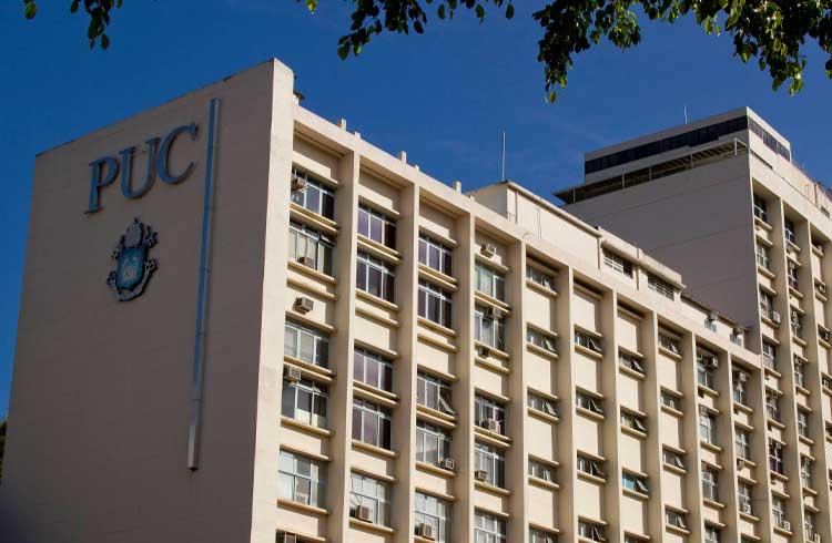 PUC-Rio oferece graduação em gestão financeira com foco em criptomoedas e blockchain