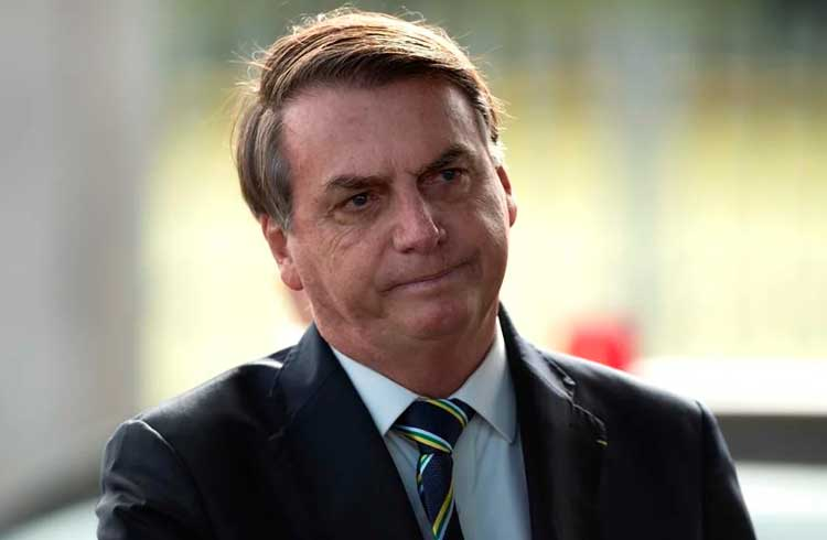 Veto de Bolsonaro a uso da blockchain para controle de armas no Brasil é ilegal, diz MPF