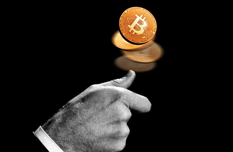 Bitcoin já é regulamentado pelo próprio protocolo, diz advogado