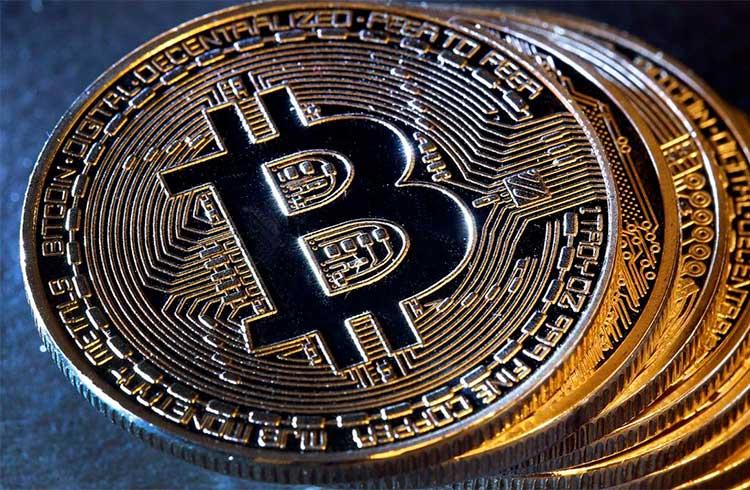 Bitcoin segue nos R$ 66.000; Altcoin valoriza 10% em dia de perdas