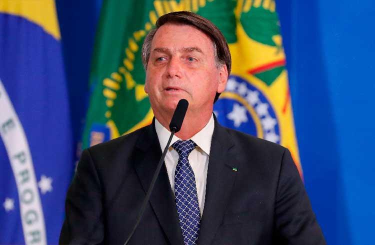 Bolsonaro sanciona LGPD e lei entra em vigor nesta sexta-feira