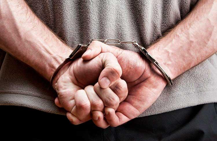 Brasileiros que vendiam documentos falsos por Bitcoin são presos