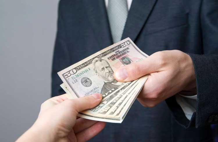 Criptomoeda oferece dinheiro para quem cumpre desafios na vida real