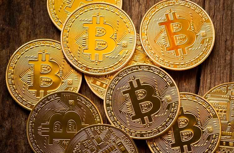 Apple pode gerar R$ 550 bilhões comprando Bitcoin, diz empresário