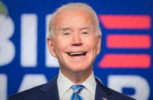 Biden confirma conselheiro favorável às criptomoedas na Casa Branca