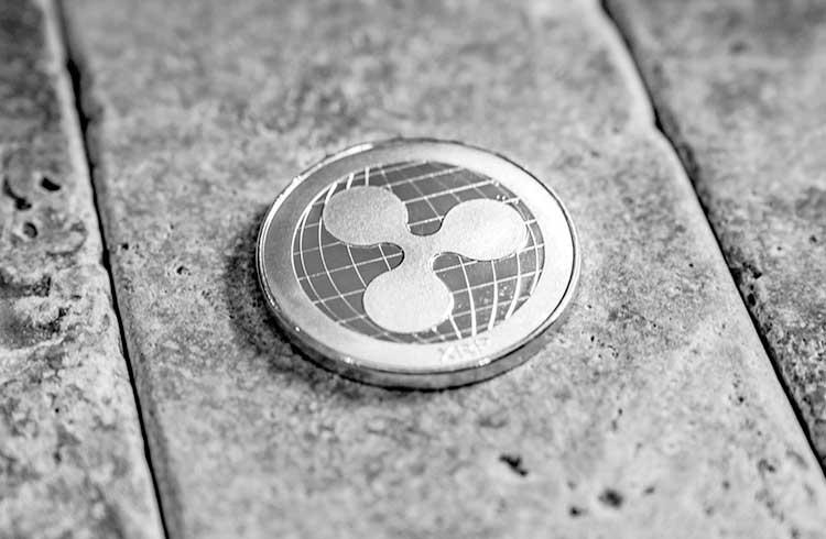 Bitcoin sobe aos R$ 103.000 enquanto XRP dispara 30%
