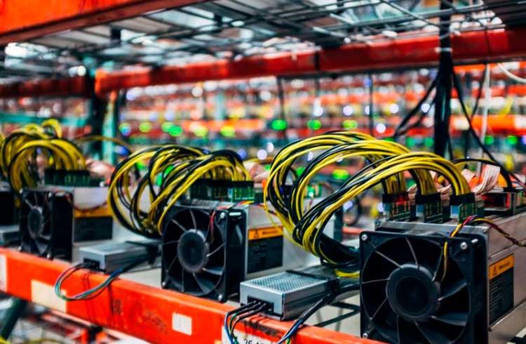 Descentralizado? Pool de mineração de Bitcoin censura transações