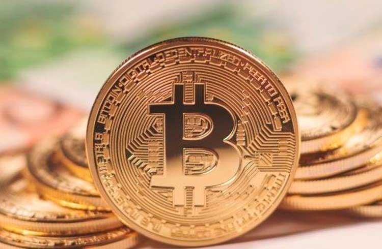 Empresário alerta: bancos que não aderirem ao Bitcoin vão virar poeira