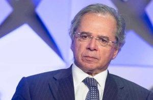 PIX: Paulo Guedes quer taxar transações no novo sistema