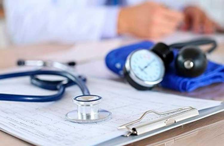 Startup dá desconto em serviços de saúde pagando em Bitcoin