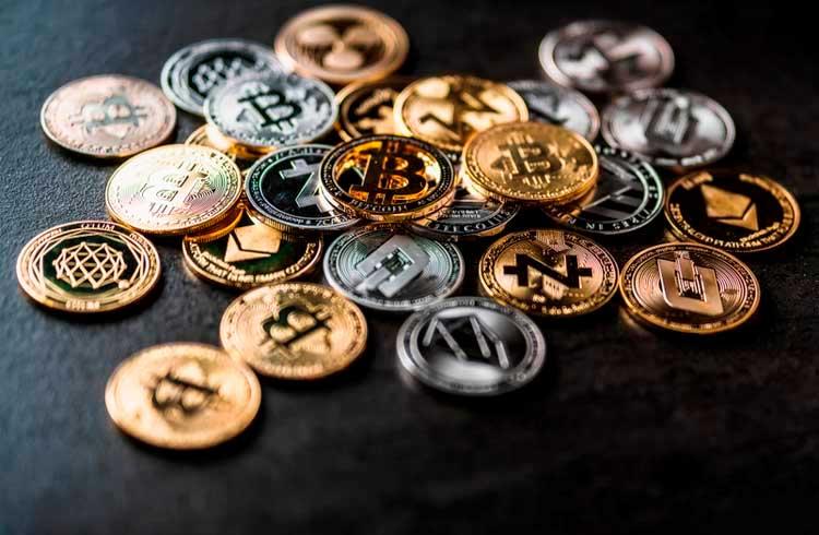 Analista indica 8 criptomoedas que valorizarão em 2021