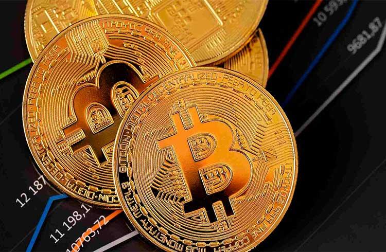 Bitcoin bate de novo R$ 100.000 e se aproxima de máxima histórica