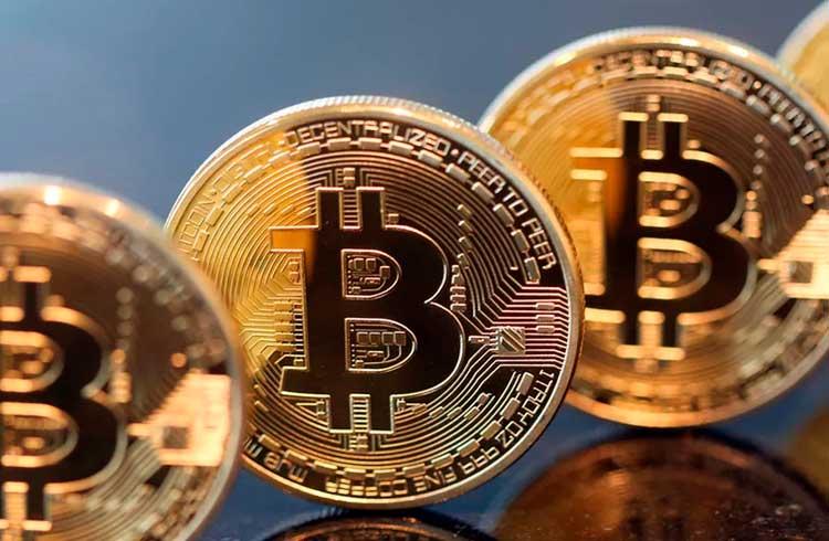 Bitcoin não é transparente e falhará, afirma ex-conselheiro de Trump