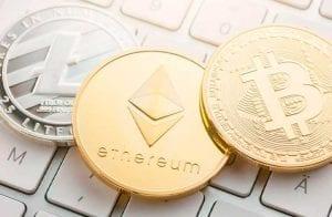 Estrategista prevê preço de Bitcoin, Ethereum e Litecoin para 2021