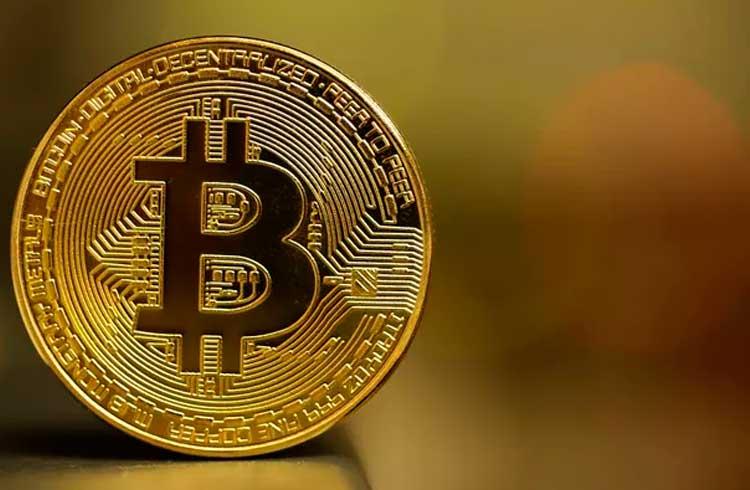 Investidor paga R$ 425 mil para mover R$ 5,75 em Bitcoin