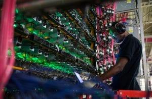 Mineração de Bitcoin crescerá nos EUA e Canadá em 2021