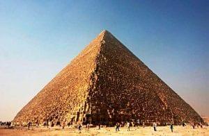O que são e como identificar pirâmides financeiras?