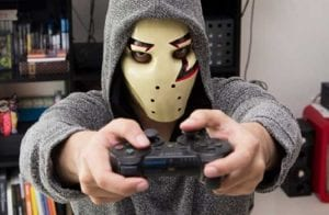 YouTuber Zangado é hackeado e canal é usado em golpe de Bitcoin