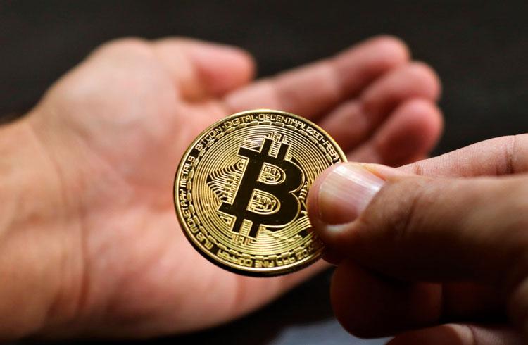 """""""Falso Satoshi"""" exige que white paper do Bitcoin seja retirado de sites"""