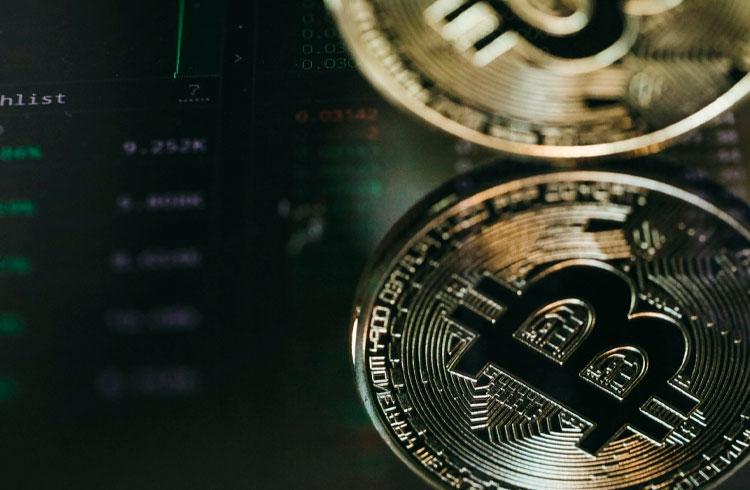 Homem que acertou preço do Bitcoin em 2020 prevê: 2021 é US$ 220 mil