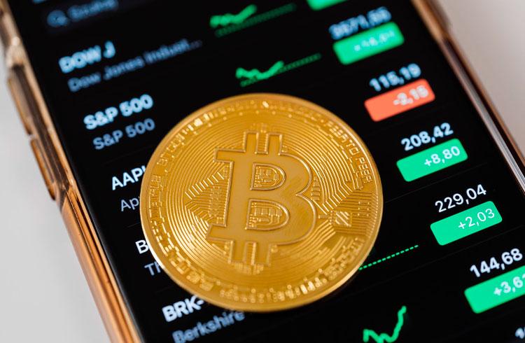 MicroStrategy ensina empresas a comprar Bitcoin com curso gratuito