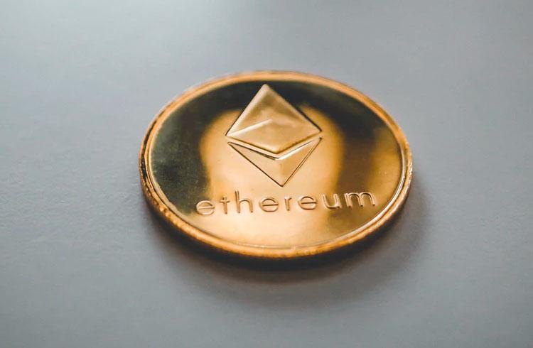 Padrão do Ethereum indica preço em R$ 7.800, diz analista