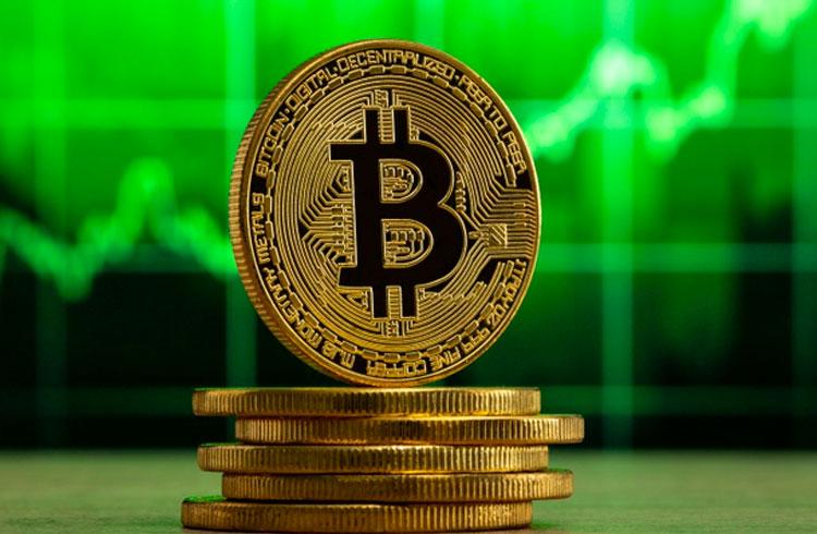 Bitcoin pode chegar a R$ 500.000 em 2021, diz bilionário
