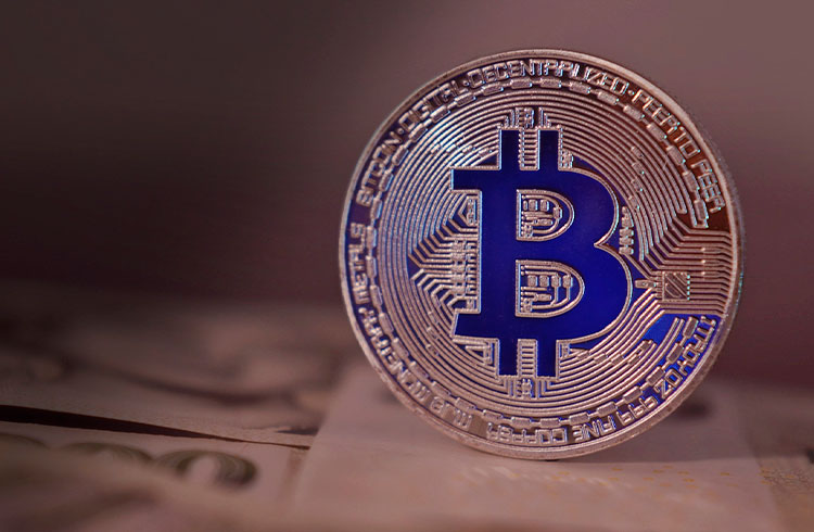Bitcoin pode passar de R$ 340 mil em breve mesmo com correção