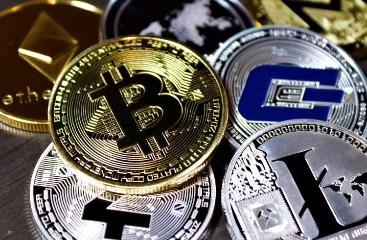 Chuva de vermelho: Bitcoin e criptomoedas seguem corrigindo