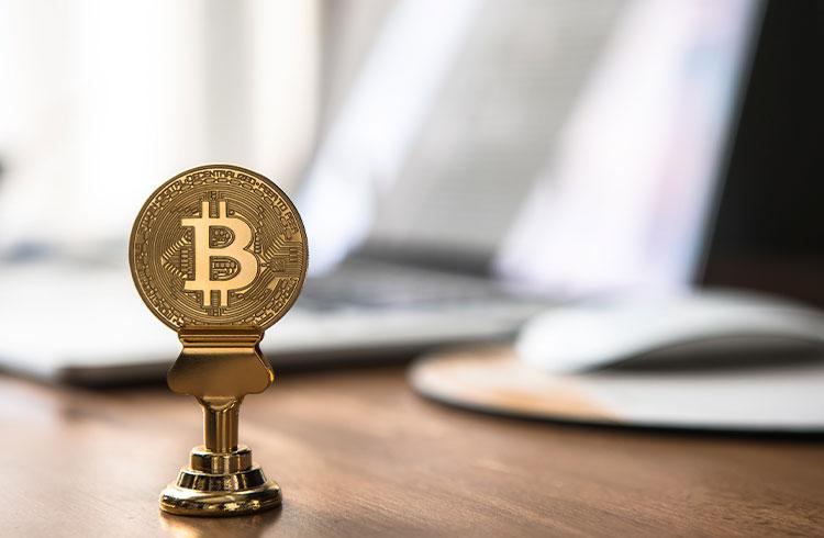 """Debate Descentralizado: a """"Hiper Bitcoinização"""" já começou?"""