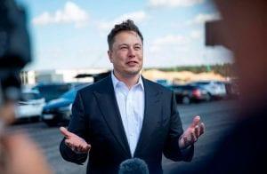 """Elon Musk quer comprar Dogecoin de baleias para """"evitar concentração"""""""