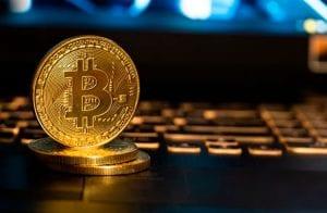 Maior que a Tesla: Bitcoin atinge R$ 4,3 trilhões em valor de mercado