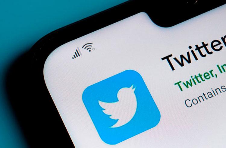 Twitter considera comprar Bitcoin e pagar salários com a criptomoeda