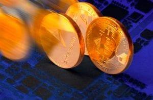 """A alta do Bitcoin é """"fichinha"""" perto do potencial dos criptoativos que estão à frente na corrida da blockchain"""