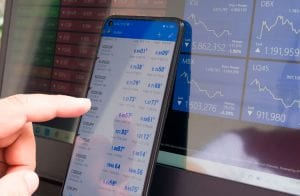 """Austin Arnold aponta criptomoedas que """"farão milionários"""" em 2021"""