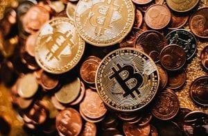 Bitcoin é uma piada, diz fundador do banco BTG Pactual