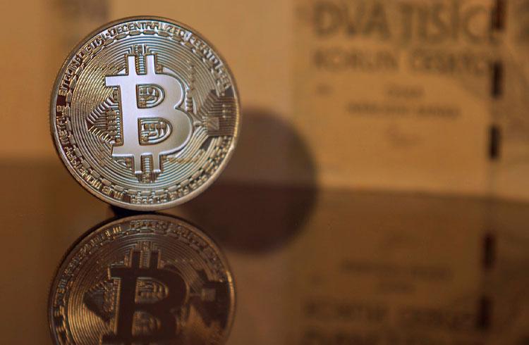 Bitcoin pode impactar ações de empresas de tecnologia, prevê veterano