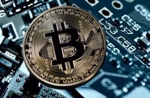Bitcoin reage com boa notícia enquanto Theta dispara 22%