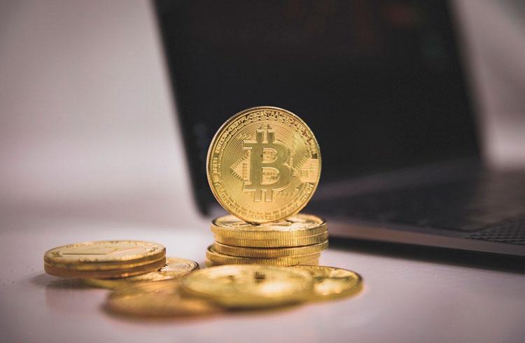 Dominância do Bitcoin em queda: hora das outras criptomoedas?