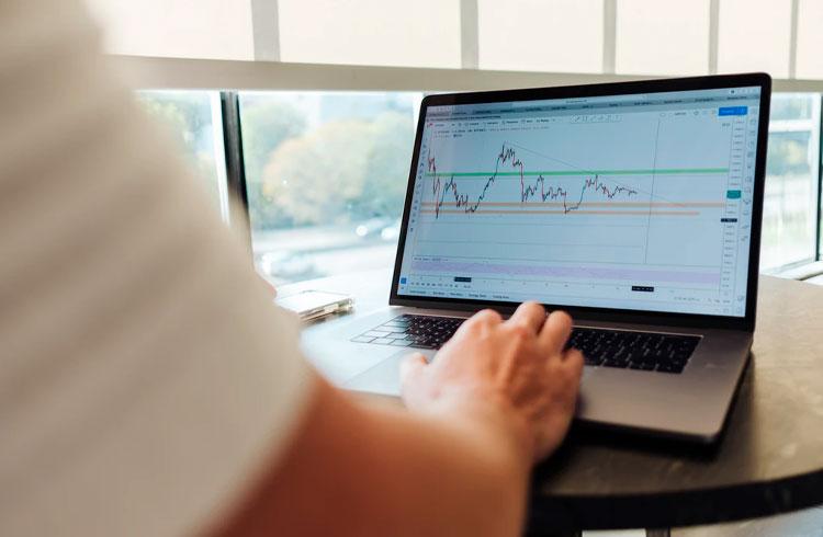 Exchanges de criptomoedas passam bolsa de valores em volume