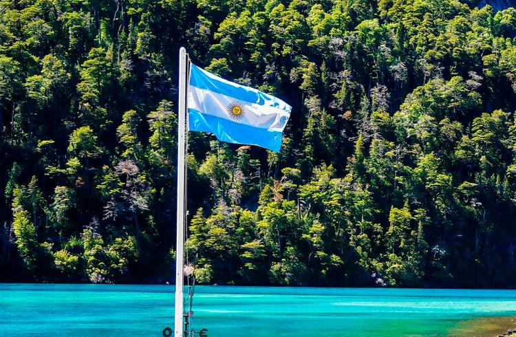 Argentina aperta cerco contra investidores de criptomoedas