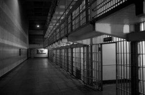 Bernie Madoff, chefe da maior pirâmide dos EUA, morre na prisão