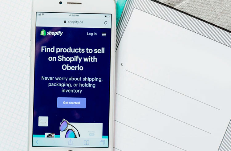 CEO da Shopify explora integrar DeFi com e-commerce