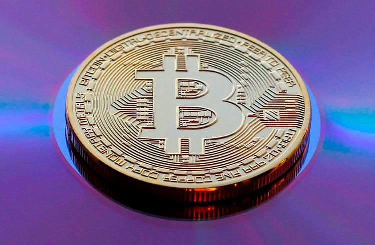 Hora de mudar de criptomoeda? Dominância do Bitcoin fica abaixo de 50%