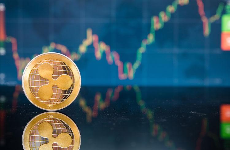 XRP dispara 40% e volta a US$ 1 após 3 anos de baixa