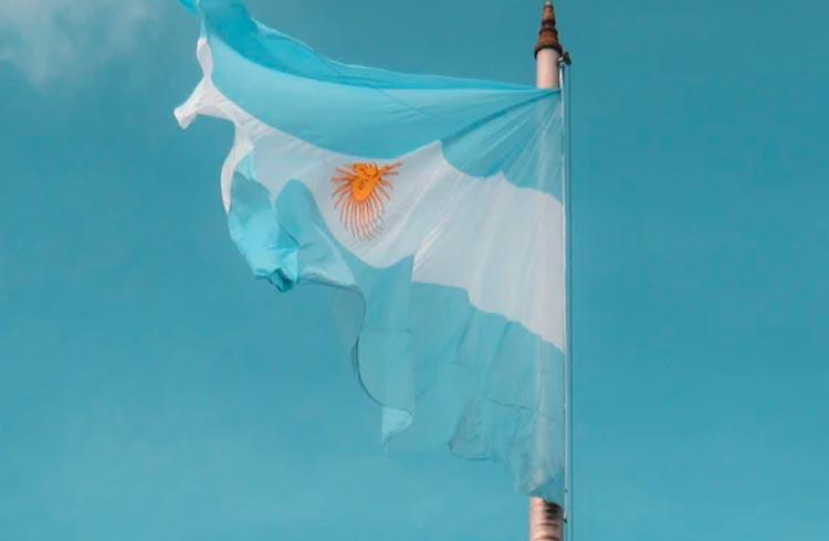 """Argentina cria """"IN 1888"""" para empresas de criptomoedas no país"""