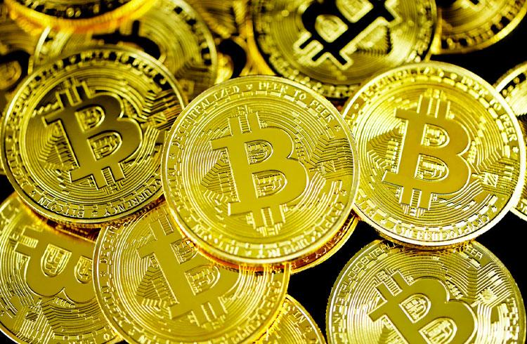 Bitcoin busca os US$ 60.000 e criptomoedas avançam nesta segunda